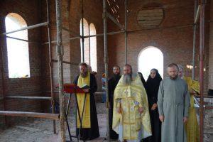 Первая литургия в храме святителя Николая Рождественского 1