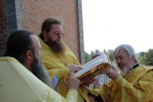 Первая литургия в храме святителя Николая Рождественского 17