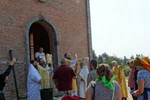 Первая литургия в храме святителя Николая Рождественского 18